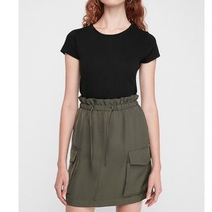 Express high-waist cargo paperbag Skirt NWT
